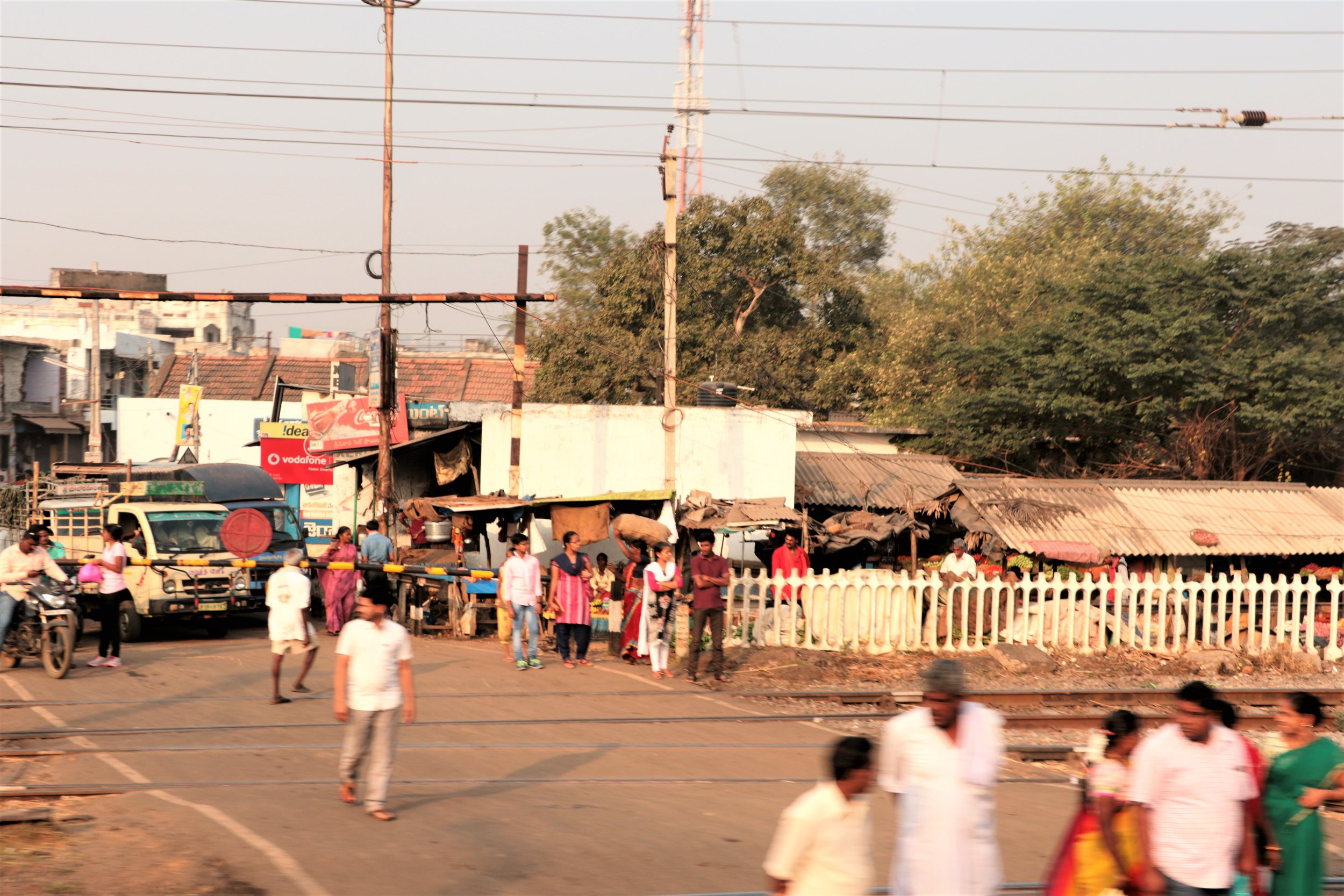 Railway crossings are for vehicles only.jpg