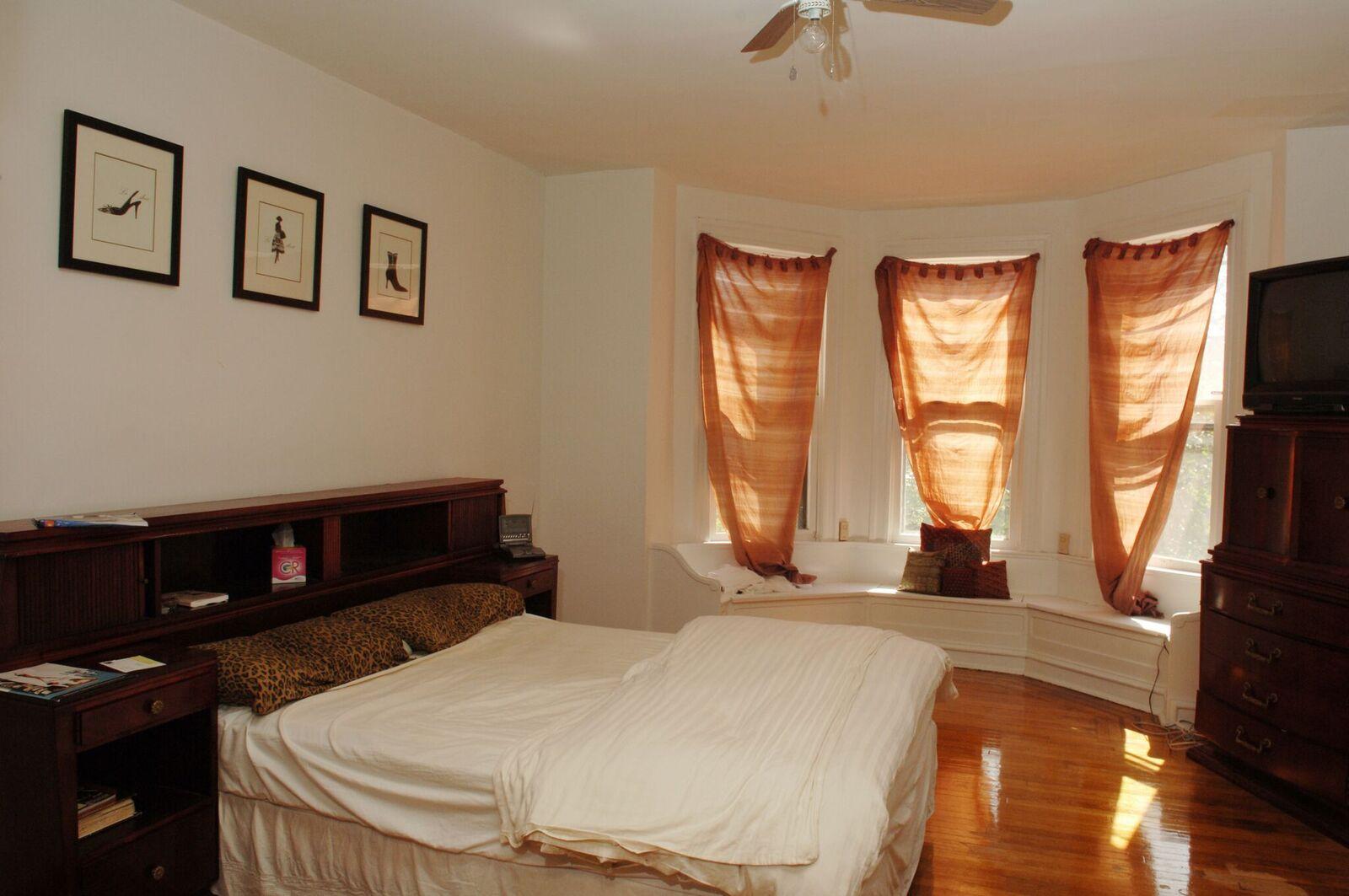 222 Master Bedroom 2_preview.jpeg