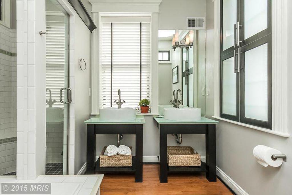 bathroom 2nd fl.jpg