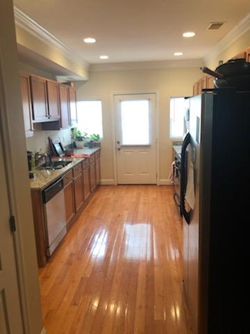Kitchen IMG_1332.JPG