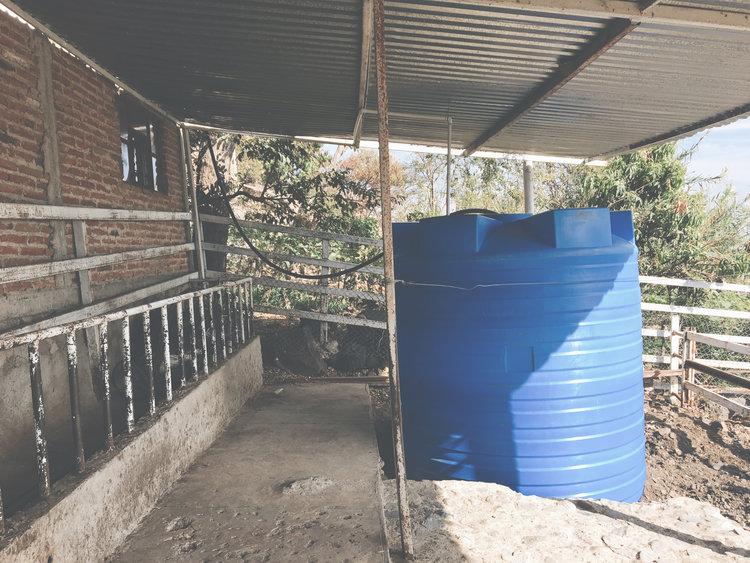 3000 Gallon Water Tank