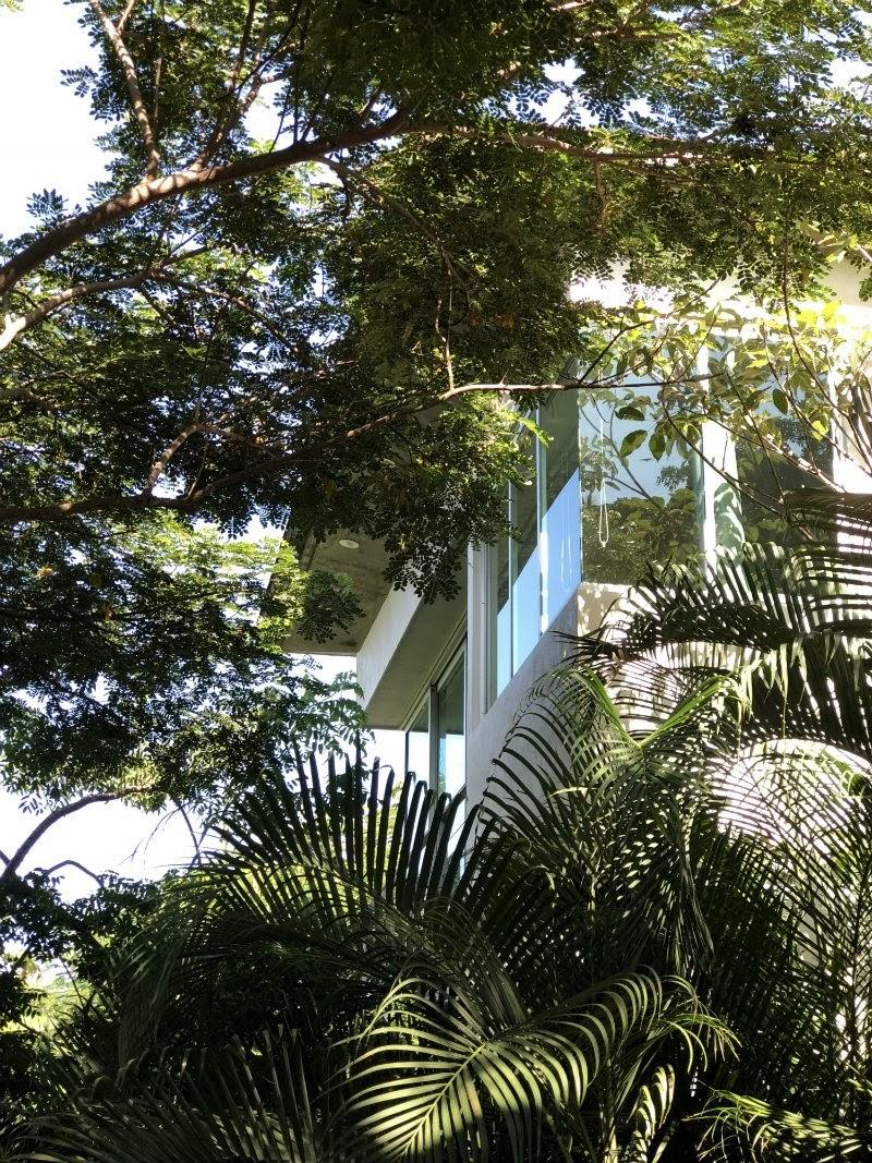 SkypadDest-villa.jpg