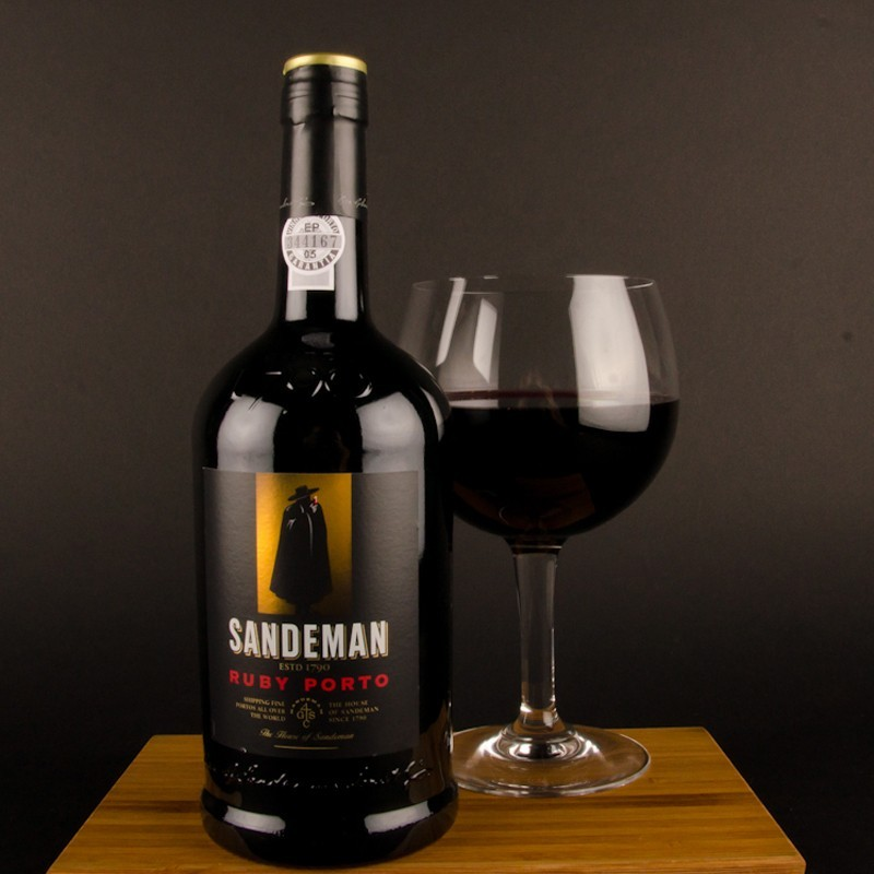 sandeman-ruby-porto-red-wine.jpg