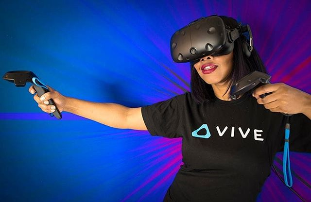 I'm a huge gamer but some of the best # VR Applications have nothing to do with gaming . Some of the most interesting #virtualreality experiences are travel and tourism,  documentaries, medical and military training, art, fitness and so much more!  I'm excited to be a part of where it's all going #htcvive @redlinevirtualreality @chicagoxrorg  @chivr_chivr @vrara_chicago @sugargamers #videogames #transformativetechnology #futurism