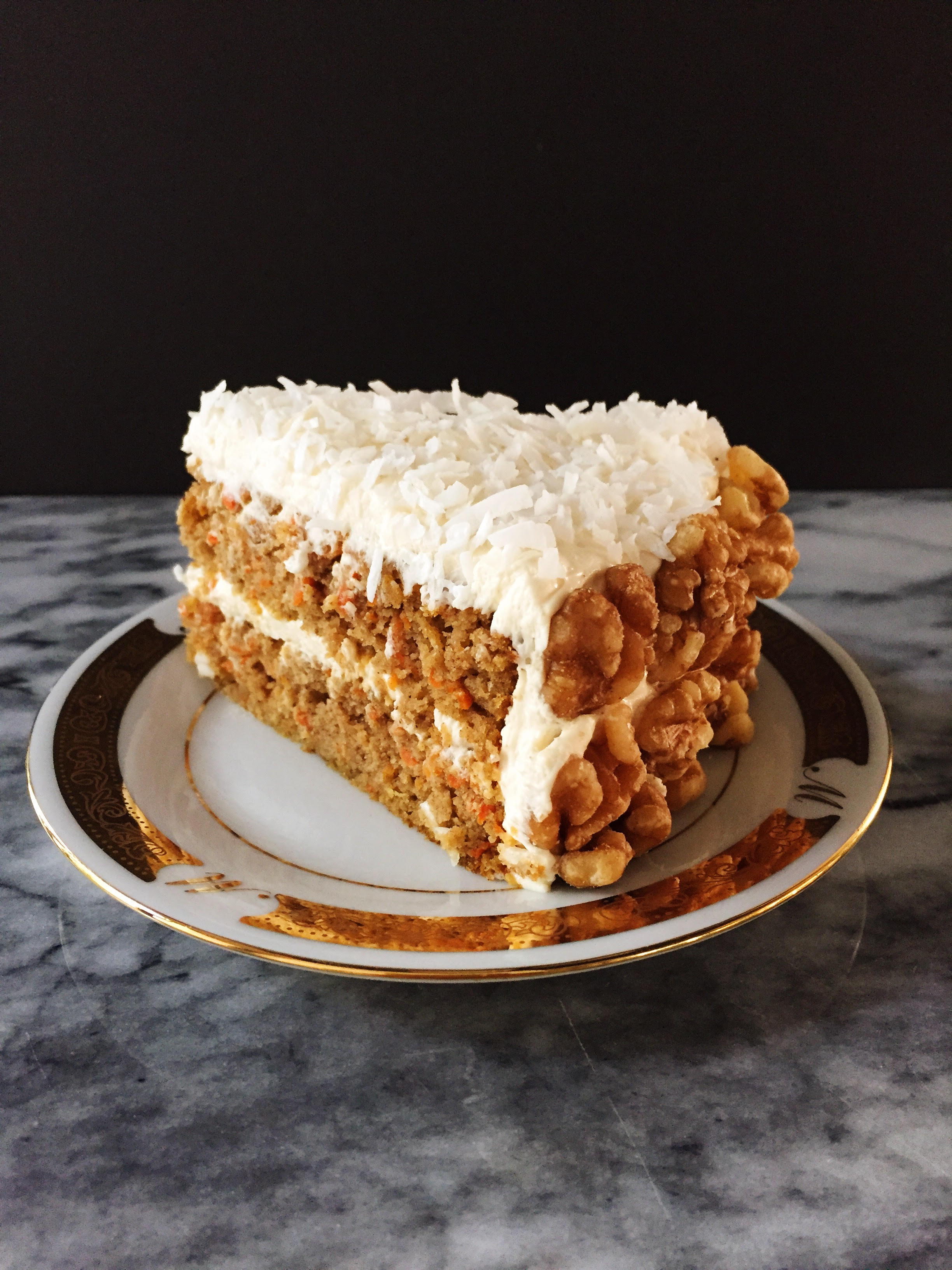 carrot cake w/cream cheese frosting