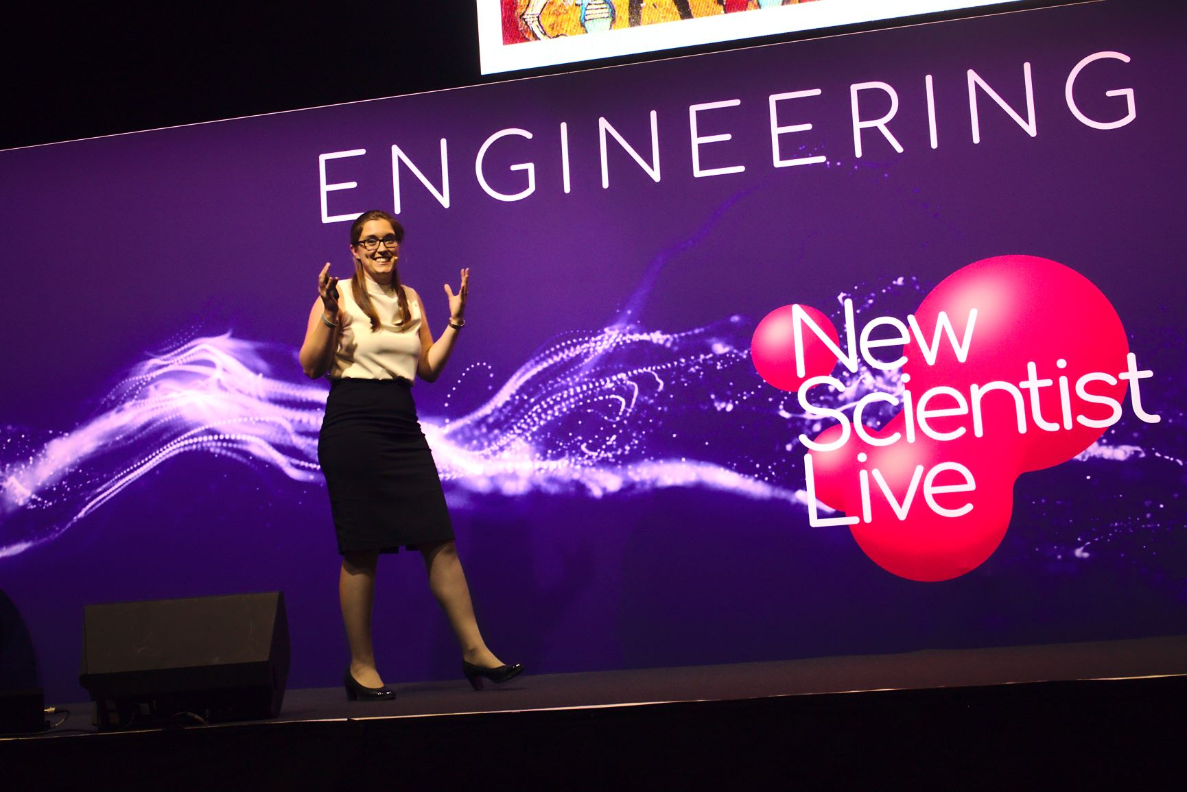 Healing with Bespoke Biomaterials talk at the 2018 New Scientist Live Festival, Engineering Stage.