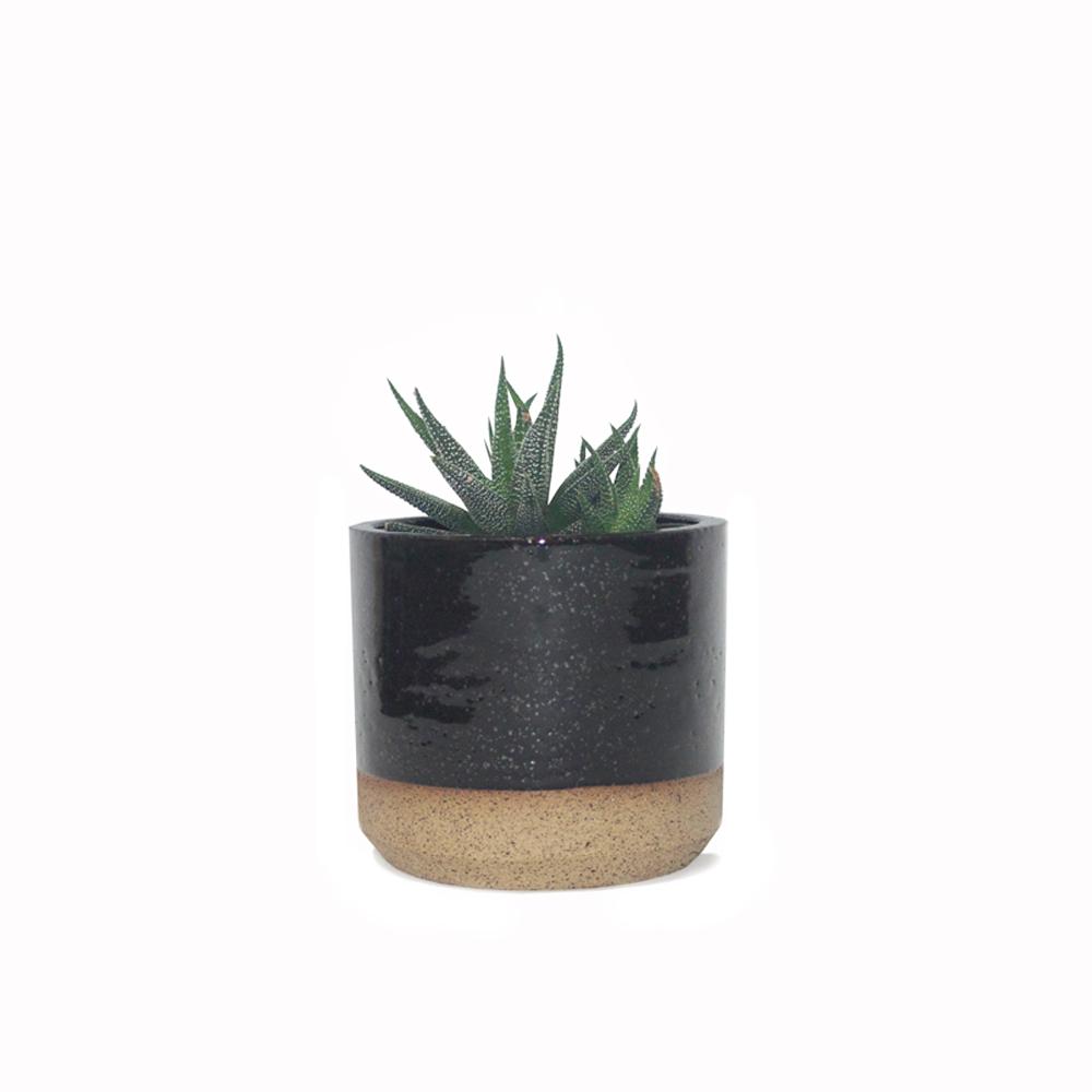 ceramic black planter