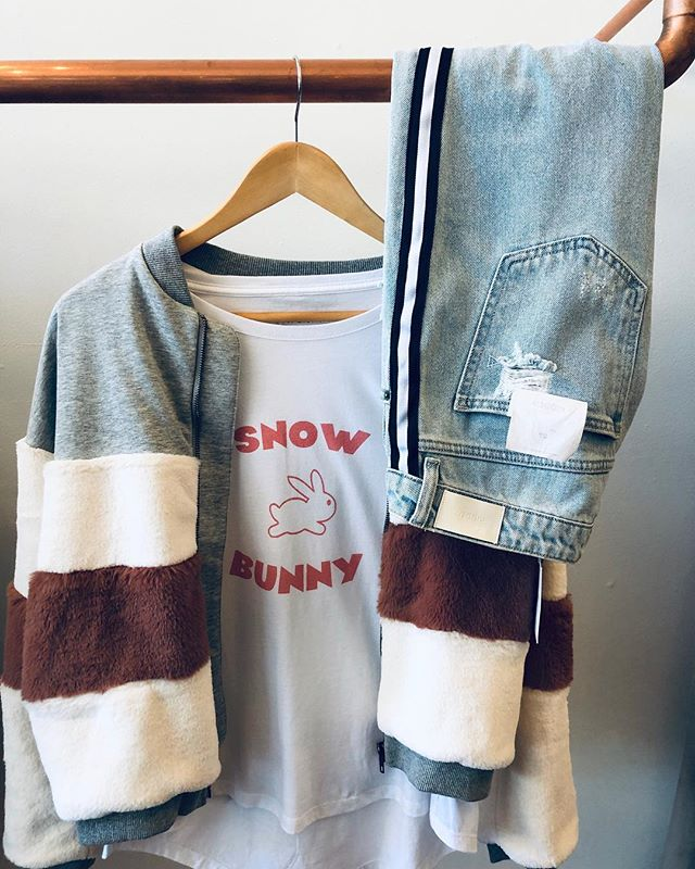 ← ʸᵒᵘ ⁿᵉᵉᵈ ᵗʰⁱˢ ᵒᵘᵗᶠⁱᵗ . . . #shoplocal #bergochboutique #downtownbirmingham #alabama #freestyle #womensclothing