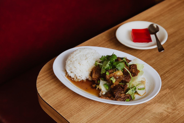 03_New-Lun-Ting-Cafe-Pork-Chop-House.jpg