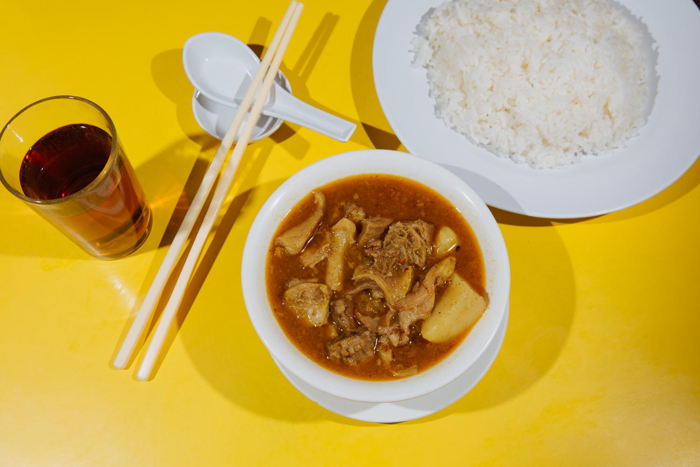 15_Hon's-Wun-Tun-House_EatChinatown.jpg