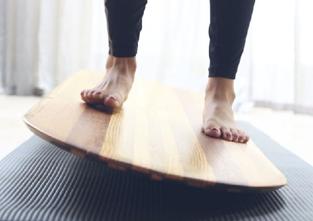 13260880_yoga-balance-boards---the-myb-yogaboard_78ac3c16_m.jpg