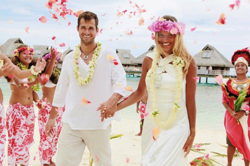 Wedding ceremony on Bora Bora