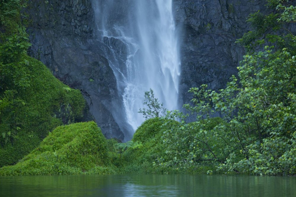 Water fall in Tahiti