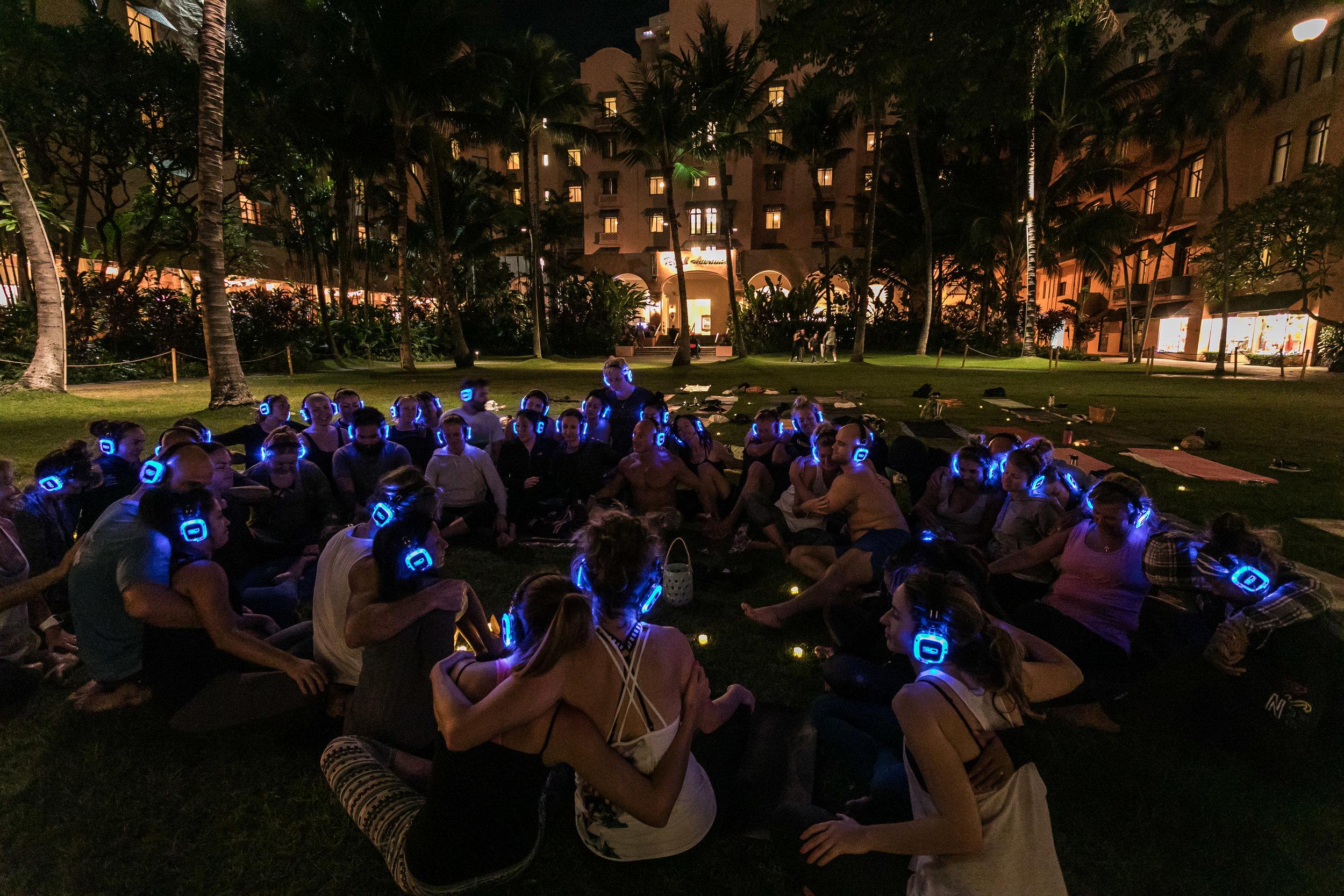 Eoin Yoga Disco Dec 2017 (75).jpg