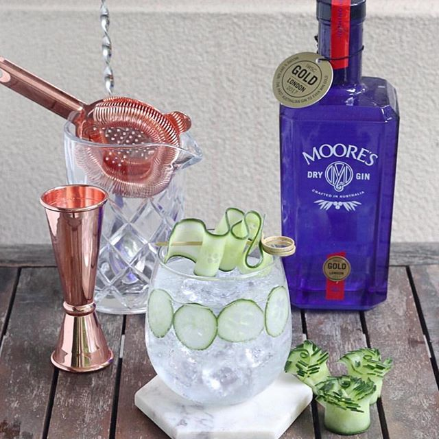 When your G&T doubles as a side salad. Winning on all fronts. 📷 @thebarmann  #ginningiswinning #gandttime #tgif #distillerybotanica #worldsbestgin