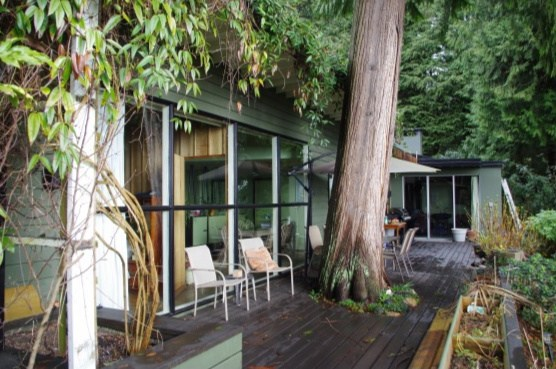 Brissenden House was an early example of West Coast modern post and beam design.