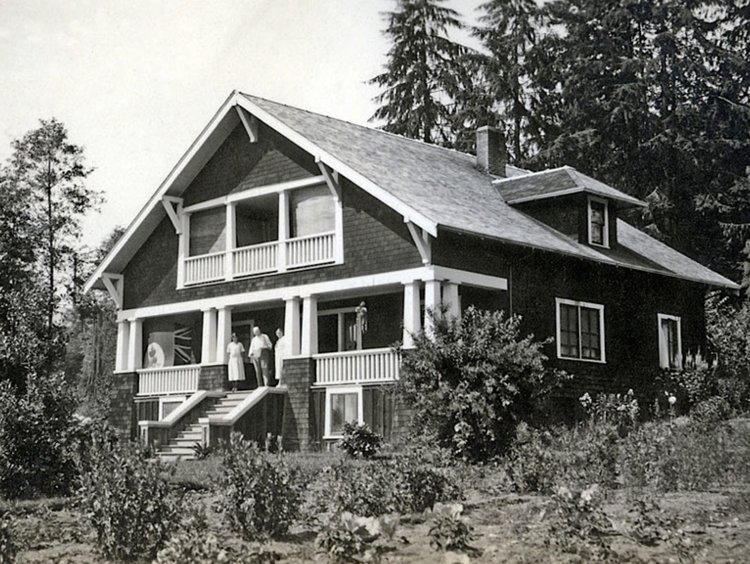 Vinson House in the early days of West Vancouver. Photo: West Vancouver Archives.