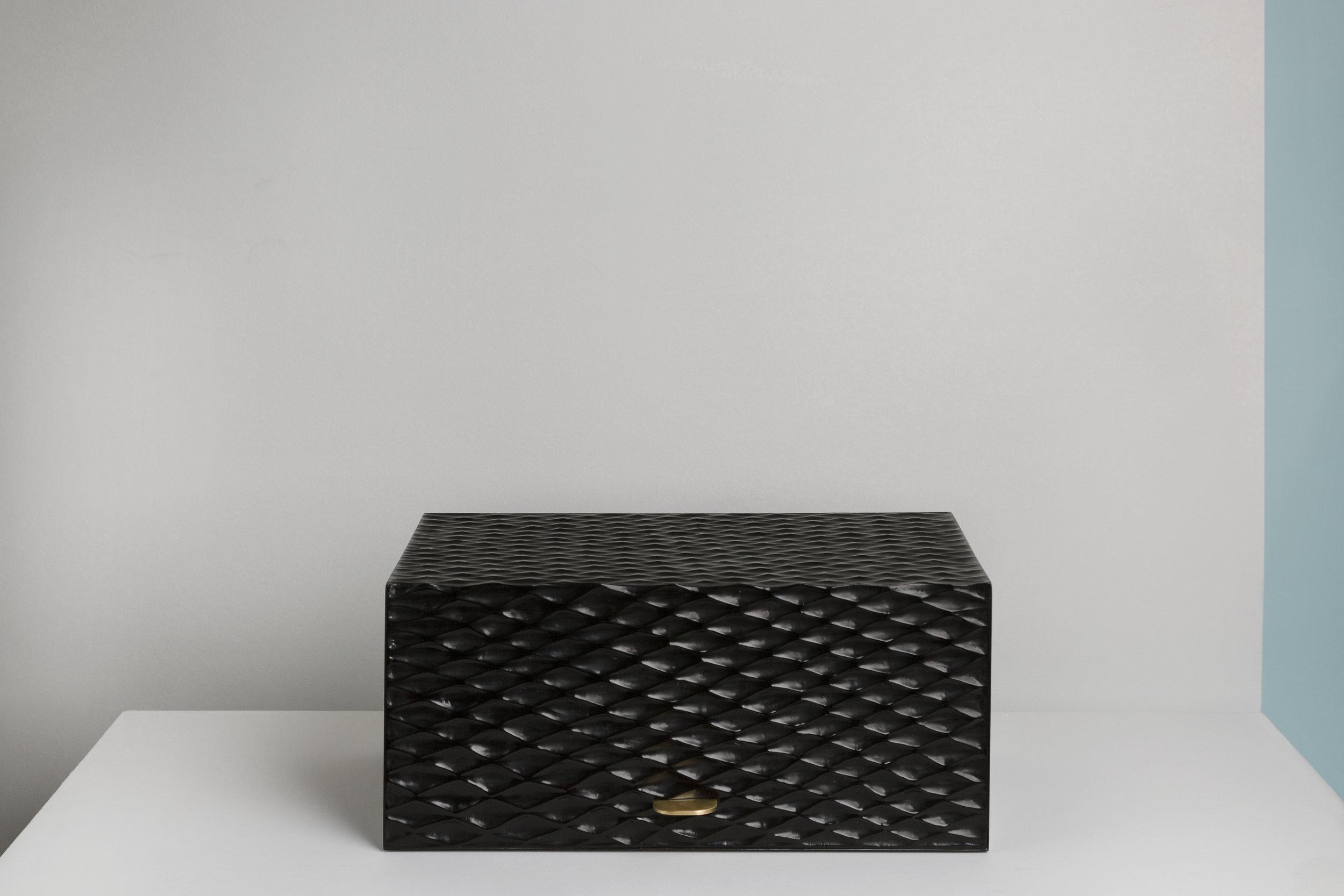 Thomas Trad, Oscura the Cigar Box (1).jpg