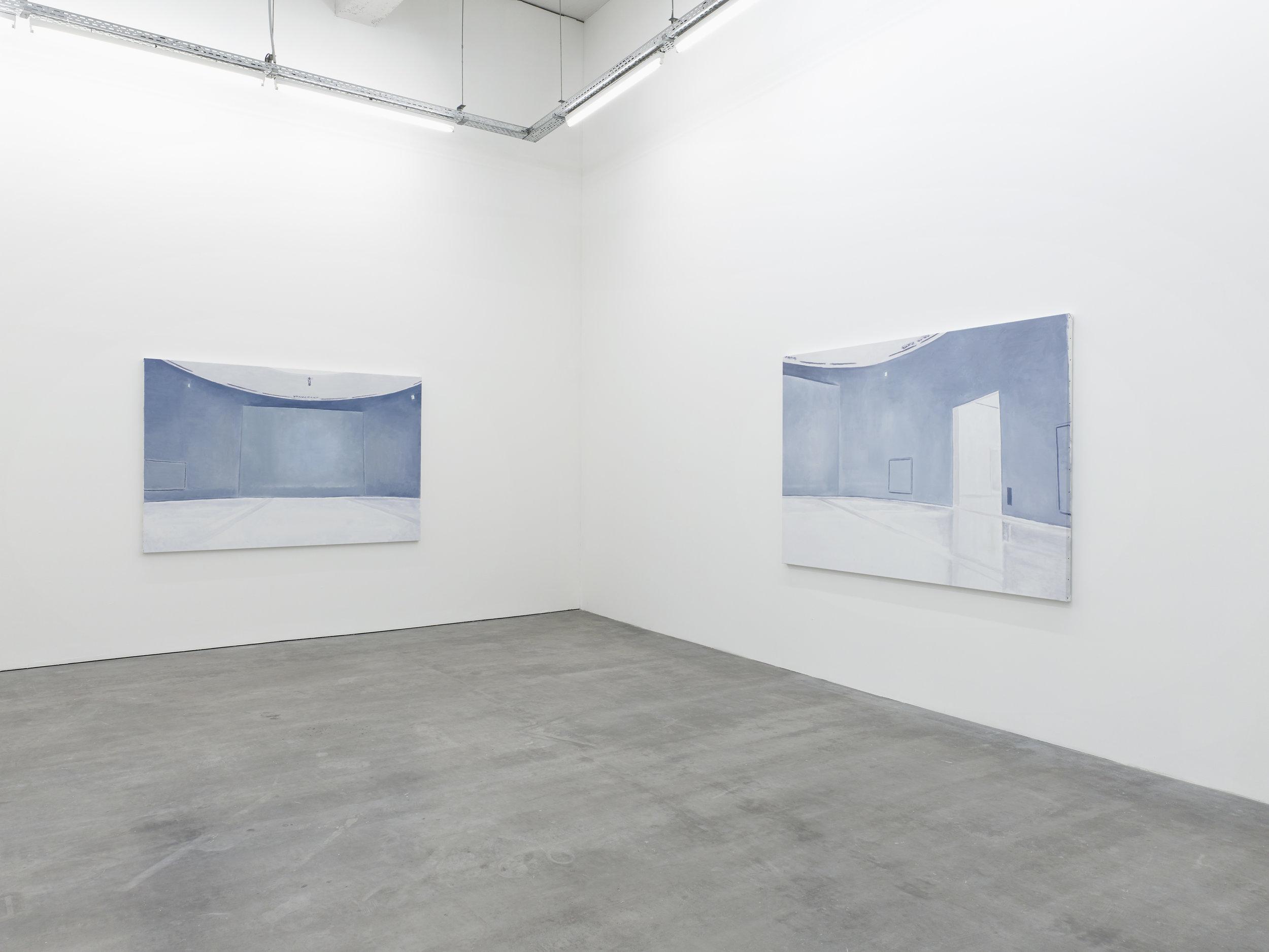 Luc Tuymans,  Doha II, III  , 2016, huile sur toile.   Le Musée Absent , WIELS, vue d'exposition. © Kristien Daem