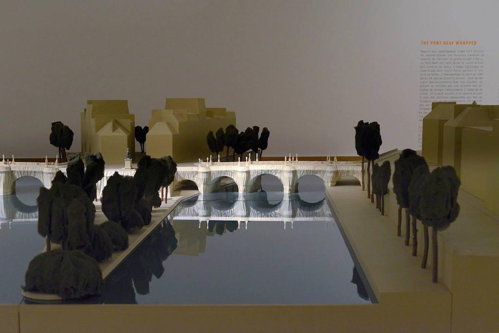 Christo et Jeanne-Claude, Maquette The Pont Neuf Wrapped, 1985, collection de l'artiste, vue d'exposition, photo P. Mahieu