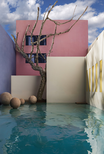 James Casebere, Flooded Courtyard with Tree, 2017