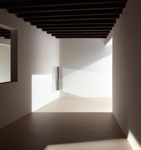 James Casebere, Foyer, 2017