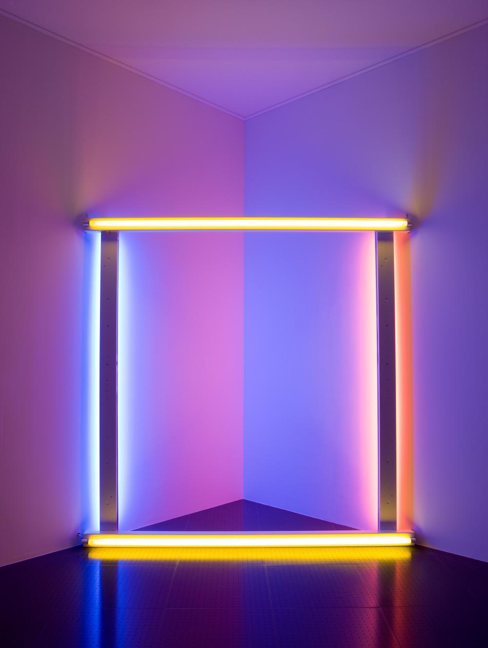 """Dan Flavin, untitled (to Donna) 5, présentation dans l'exposition """"Phares"""", Centre Pompidou-Metz, février 2014"""