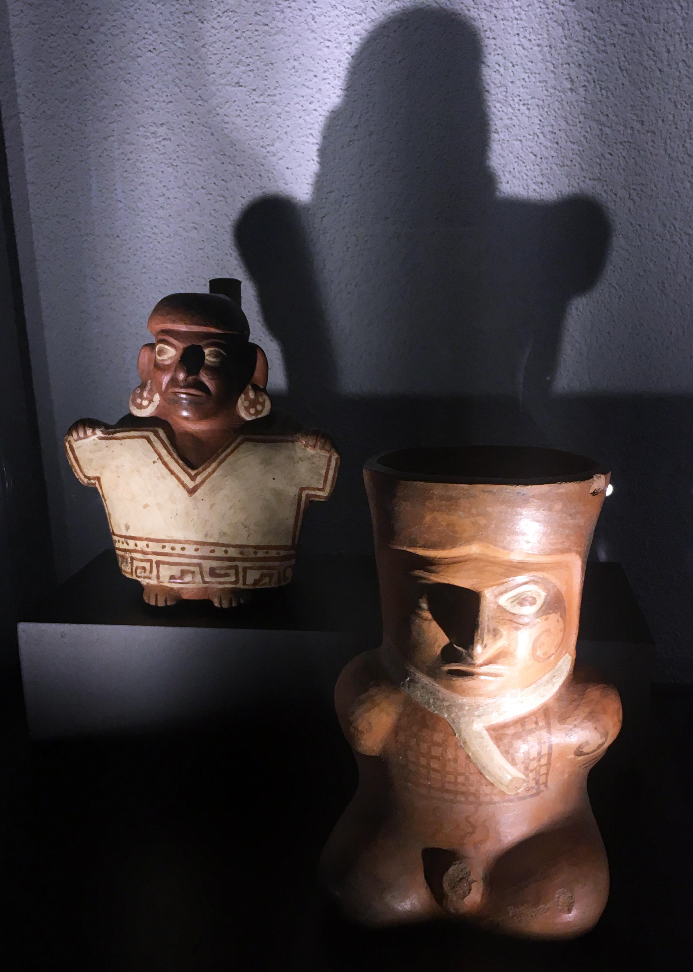 INCA Dress Code , Musée Art & Histoire, vue d'exposition. Photo: Zoé Schreiber