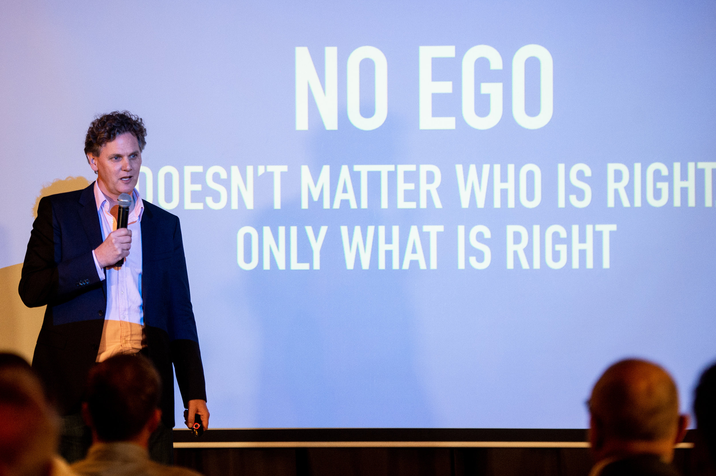 It doesn't matter who is right. It only matters what is right..jpg
