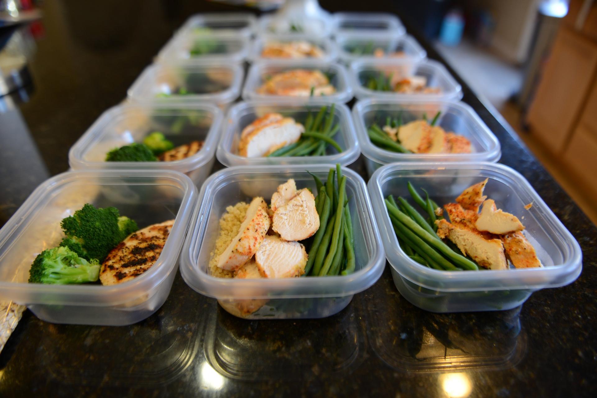 London bridge personal trainer Samuel Figueroa food prep