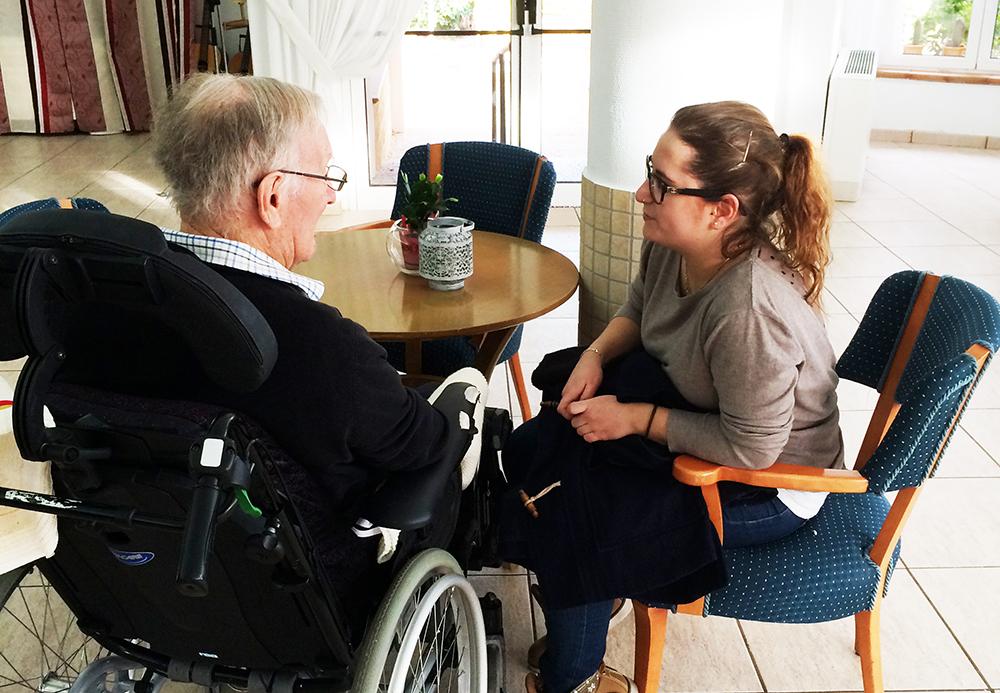 På besøk på sykehjem