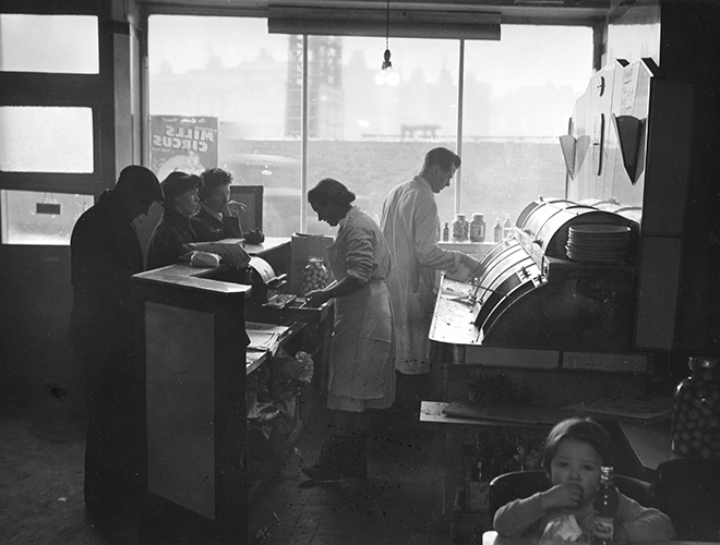 'Ideal' fish and chip shop, London, 1958. © Edwin Smith / RIBA Library Photographs Collection.