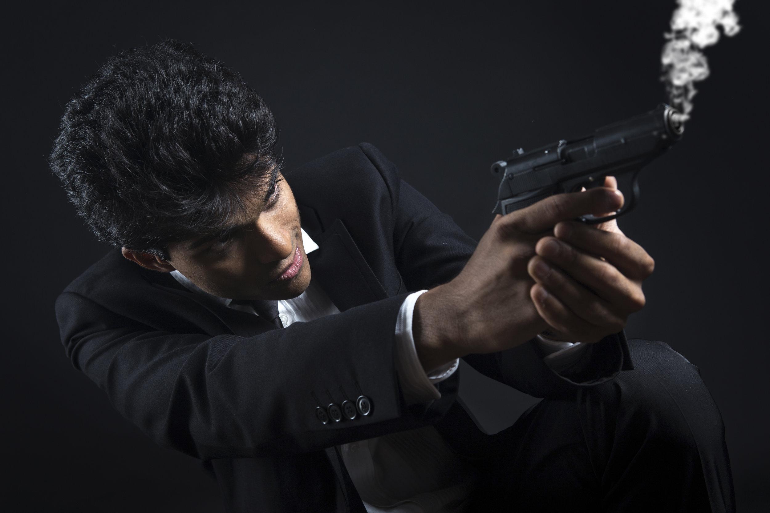 007 flarescape cesare ferrari book milano cosplay