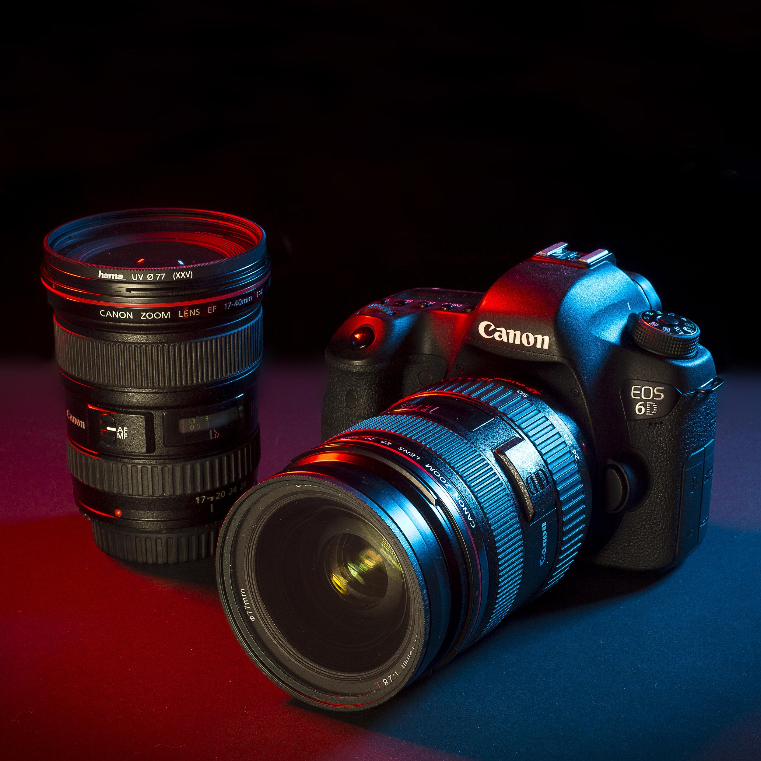 Il setup di Cesare Ferrari per fotografare i concerti:  Canon EOS 6D 17-40mm f/4 24-70mm f/2.8