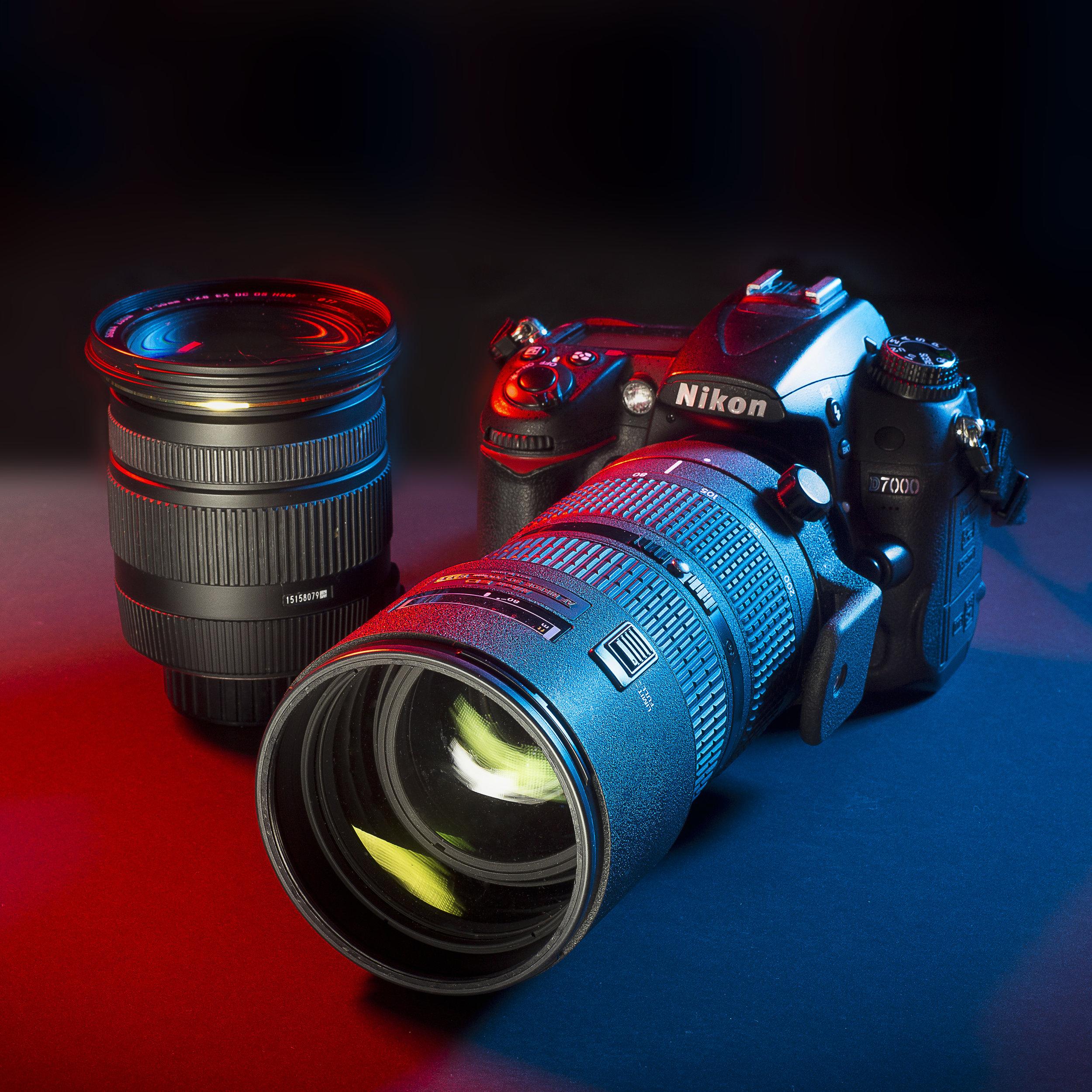 Il setup di  Sharon Gallo  per fotografare i concerti:  Nikon D7000 80-200mm f/2.8 17-50mm f/2.8