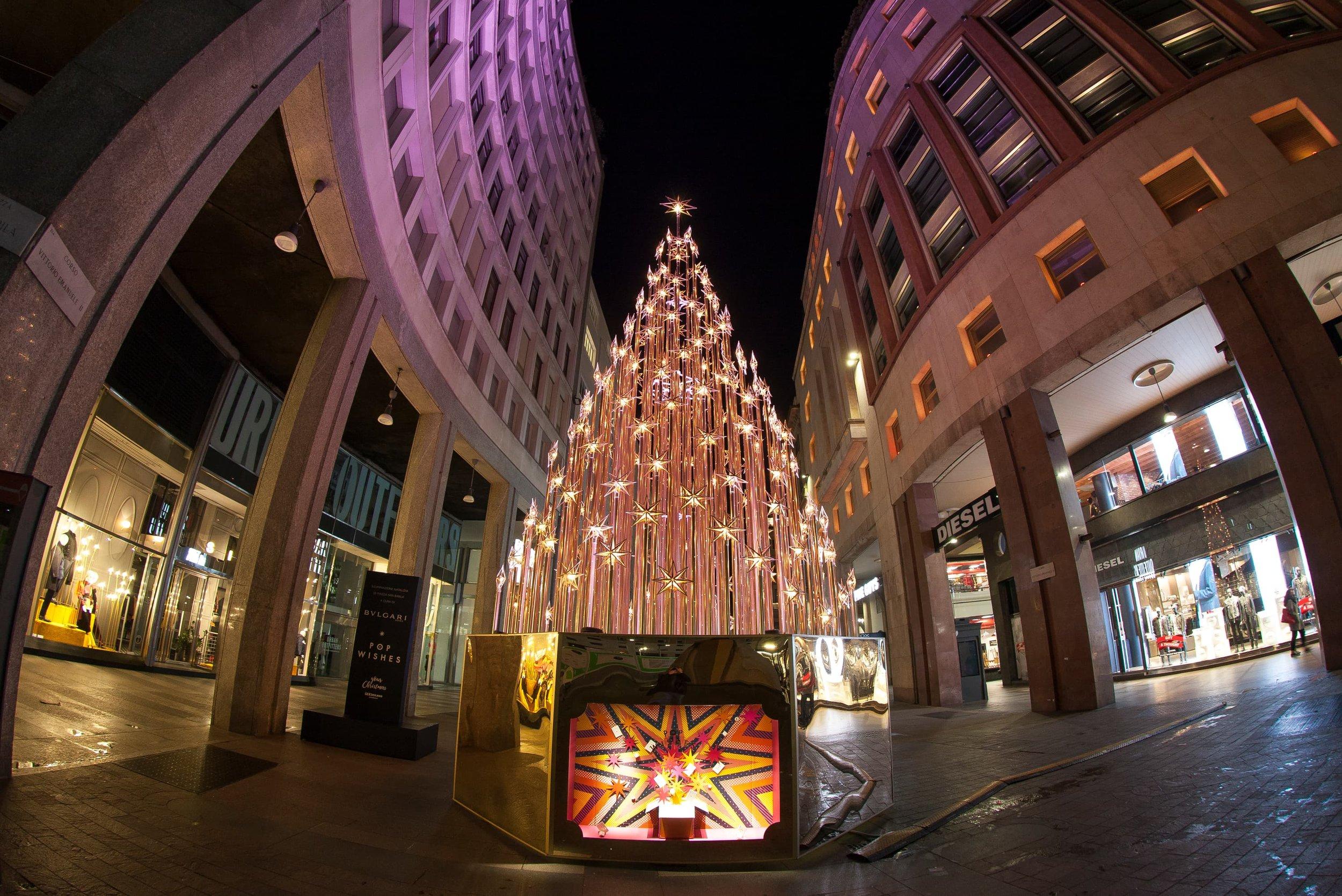 Foto di Natale in Piazza San Babila