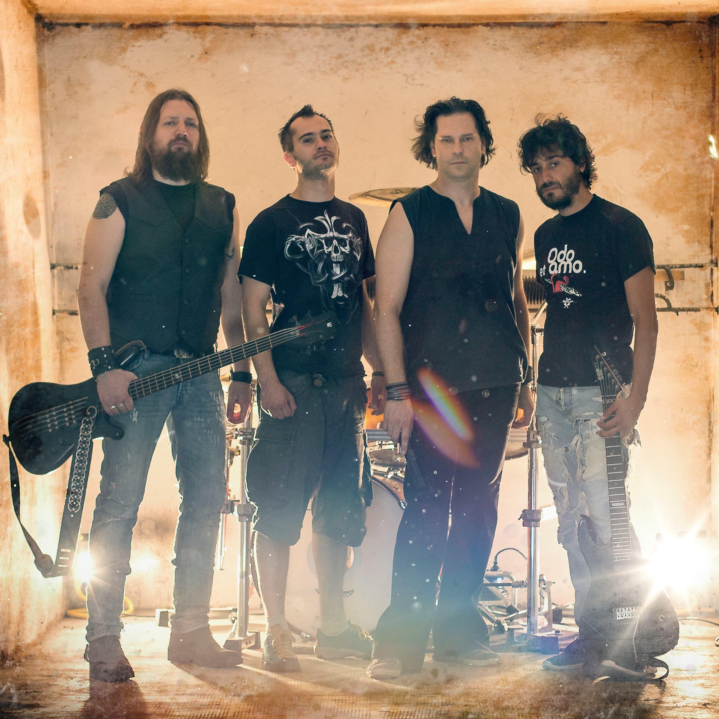 servizio fotografico con foto band metal milano