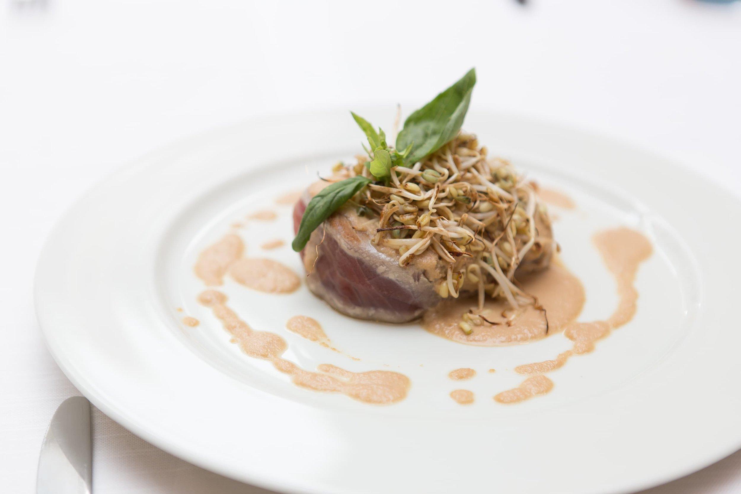Foto food bistecca di tonno
