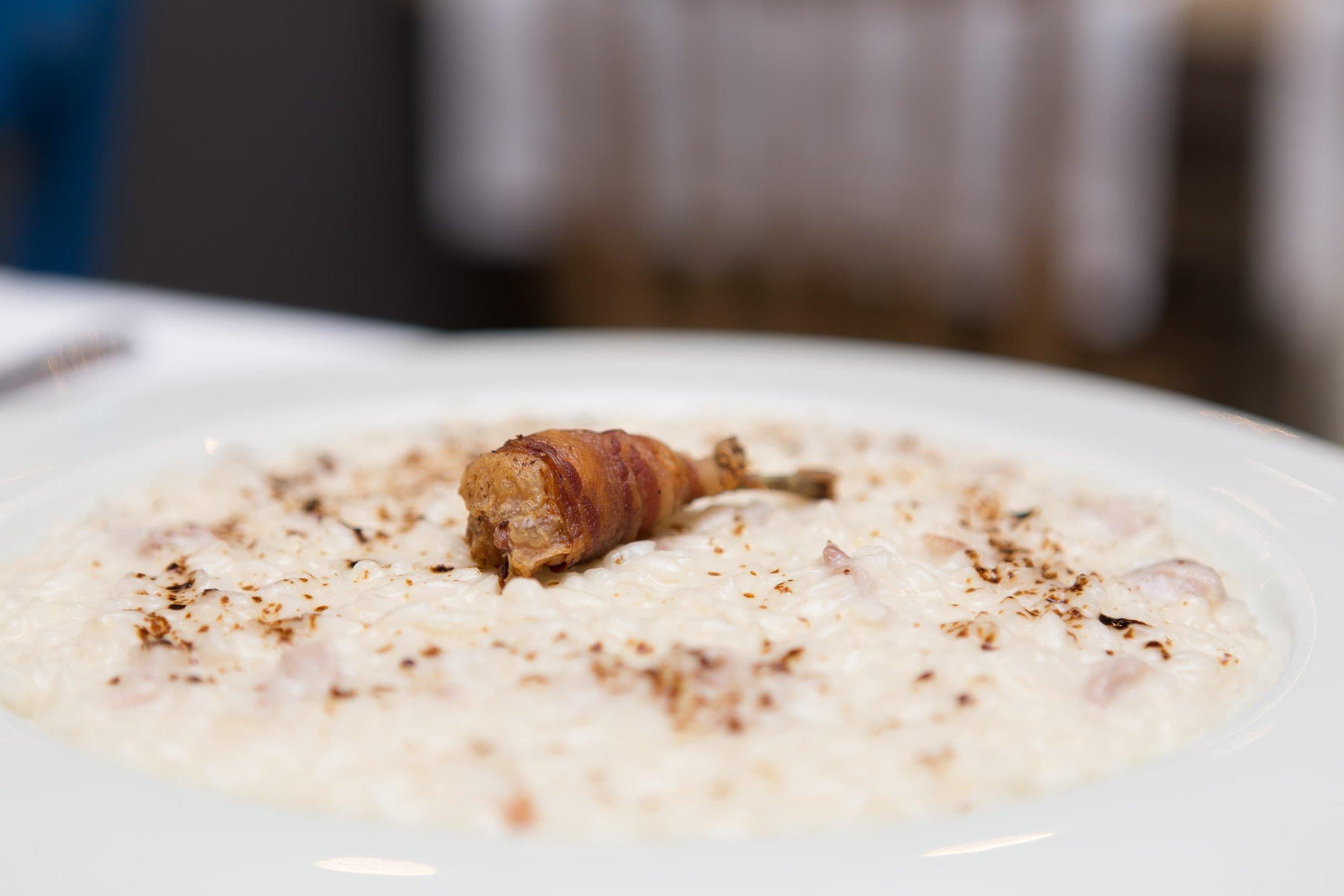 Foto food risotto con quaglia
