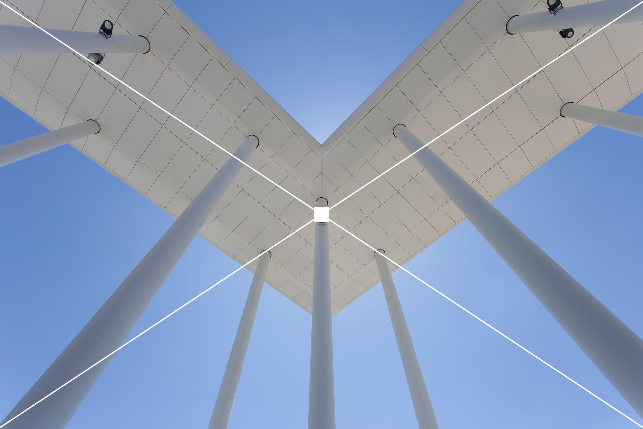 composizione nella foto di architettura simmetrica
