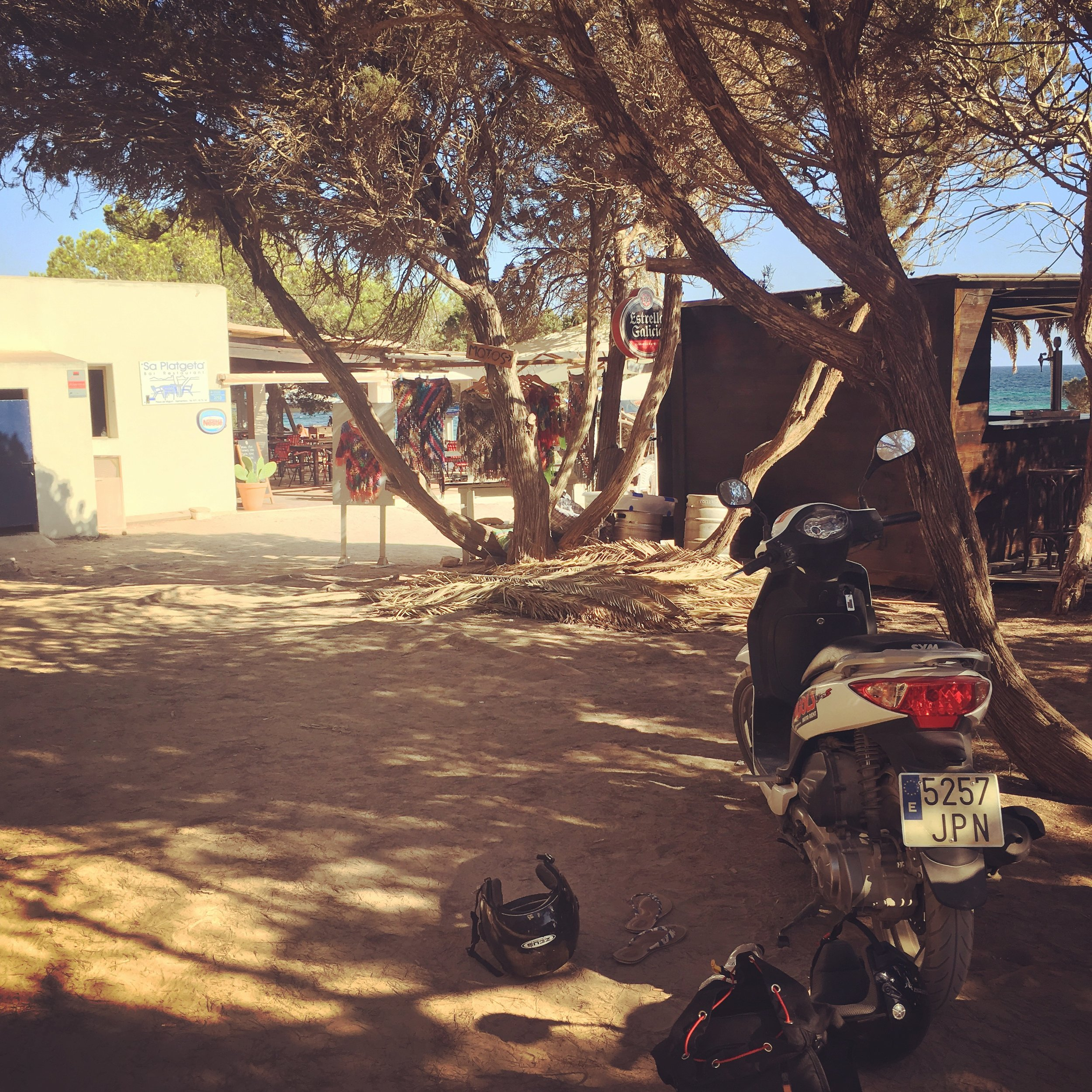 beach_cafe_formentera.JPG