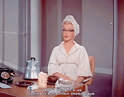 these days!😘 . . . #marilyn #menthesedays #tea #howtomarryamillionaire #teatime #marilynmonroe