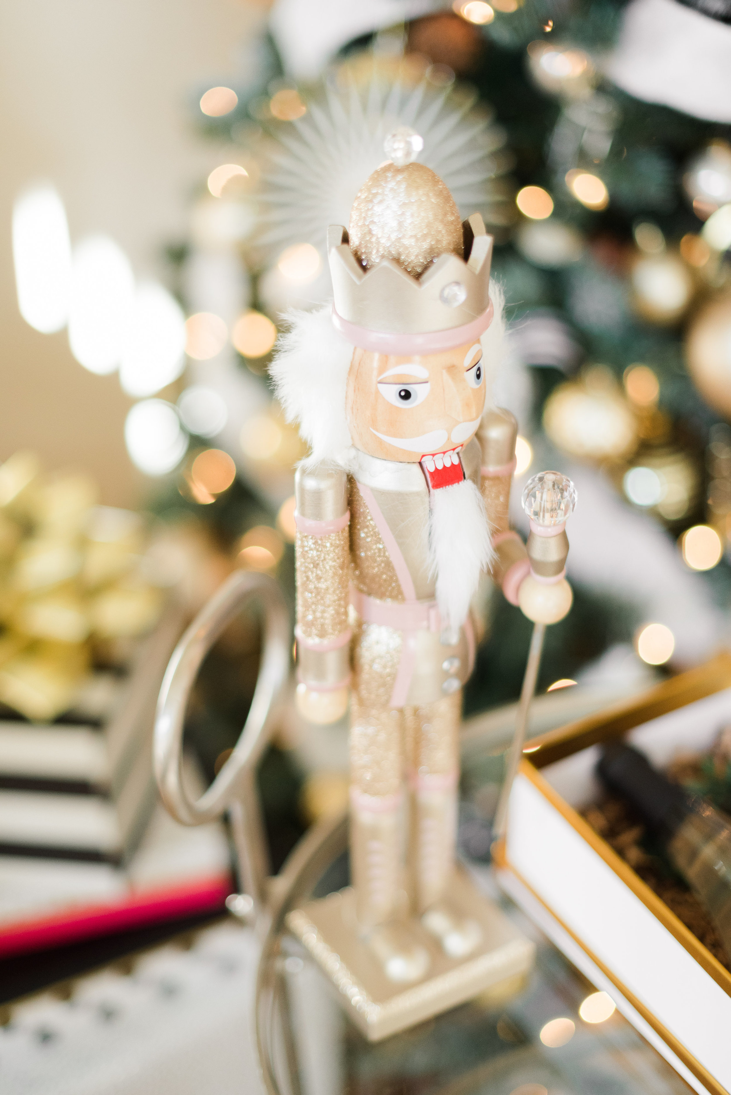 Curated-Gift-Box-Ideas-For-Christmas-and-the-Holidays