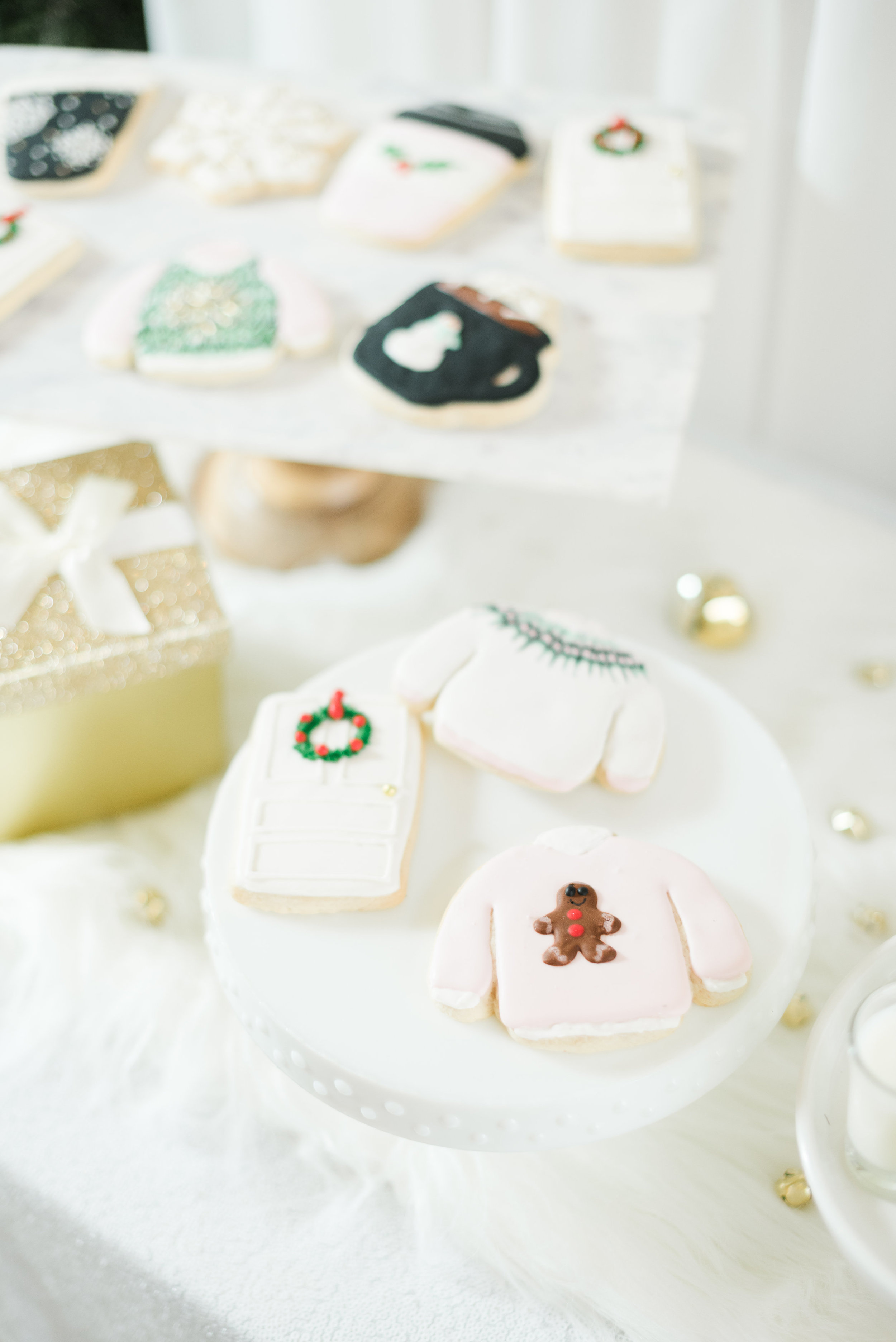 A-Glam-Christmas-Dessert-Bar-With-The-Cutest-Holiday-Sugar-Cookies