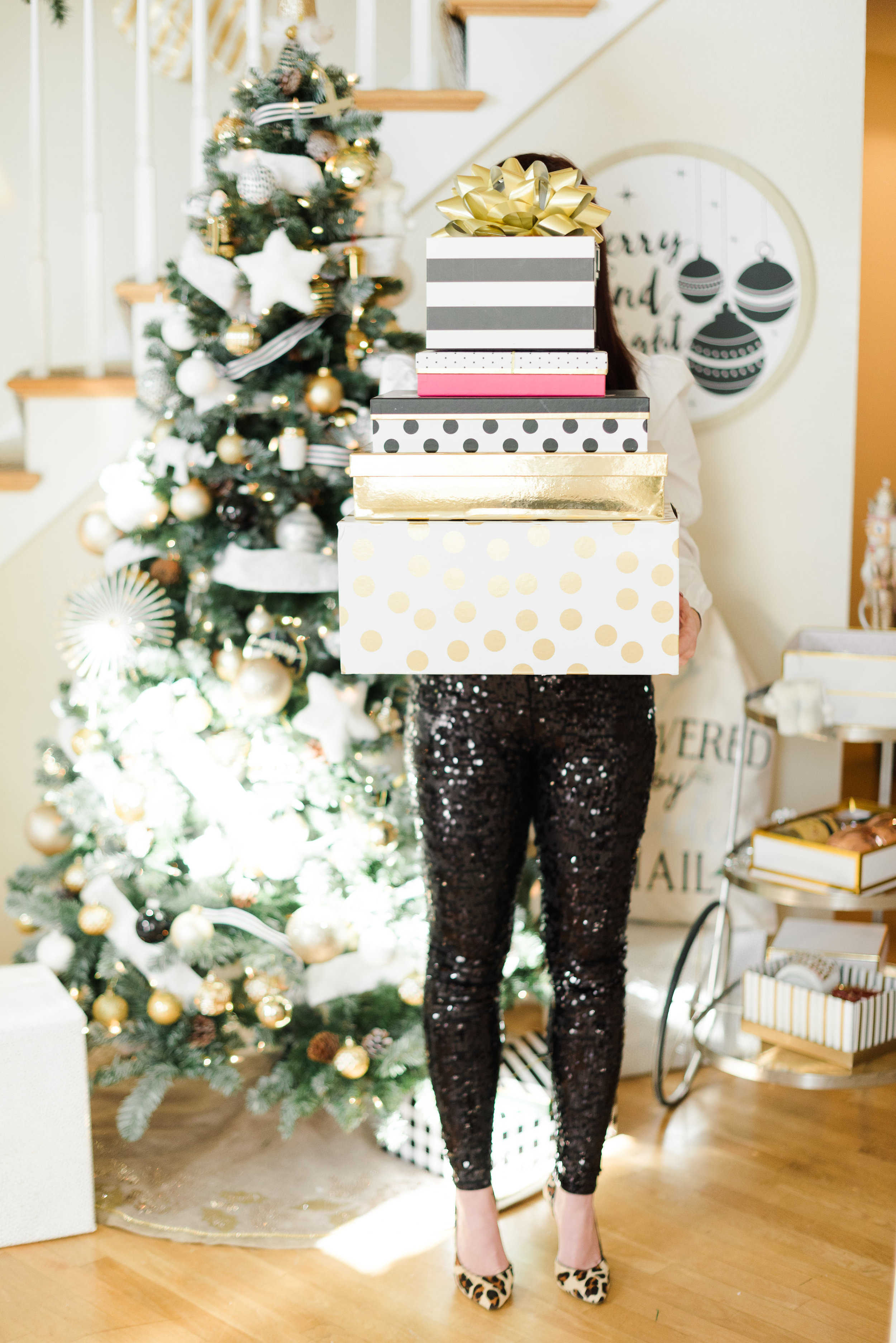 Black-and-White-Christmas-Decor-Ideas