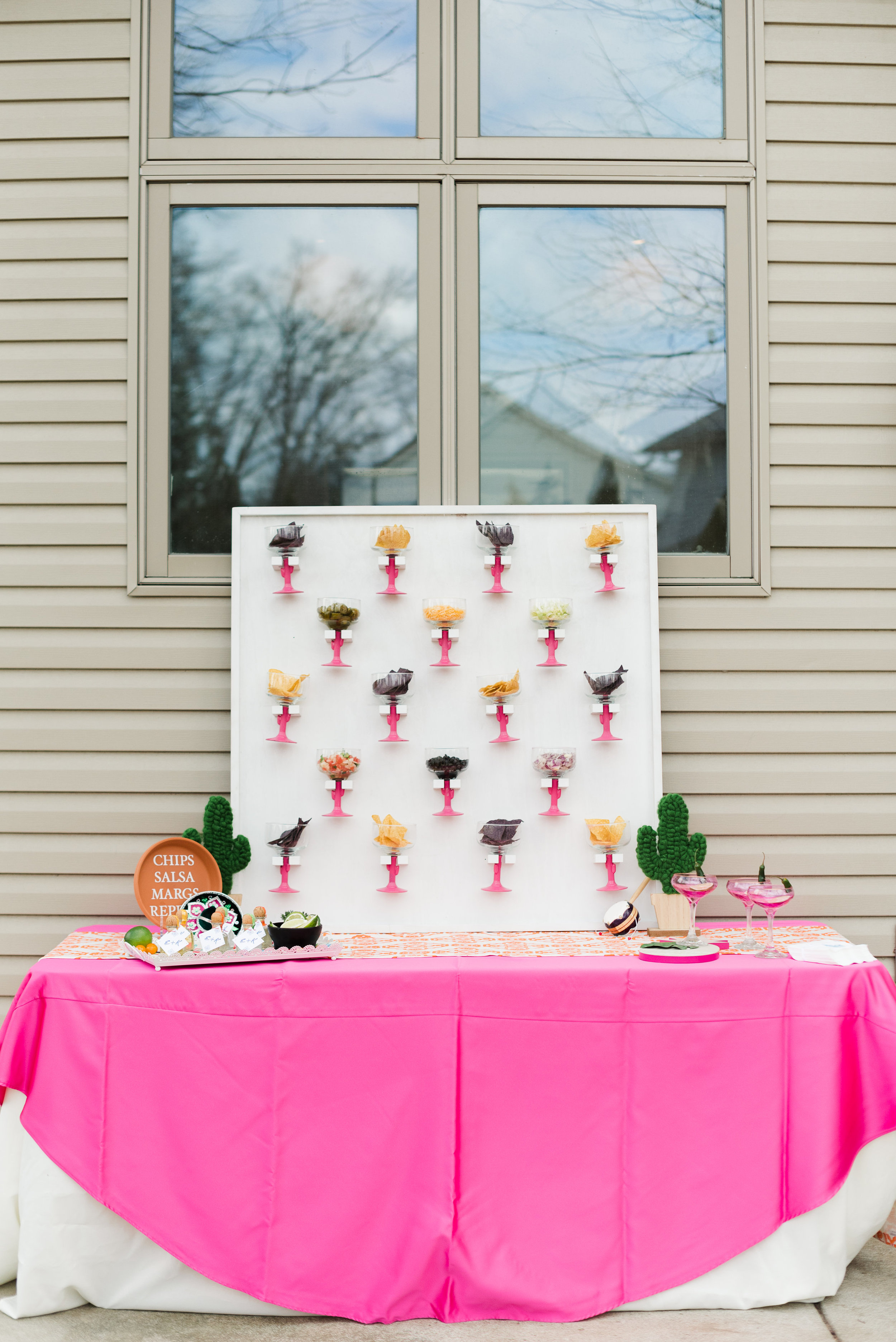 A celebration or bridal shower paired with a holiday doesn't have to be tacky! With some refined details and creative use of the theme you can create a look that is both festive and elegant. We hope this Chicas-De-Mayo is leaving you full of inspiration! Styled by Cassandra Clair of Event Prep