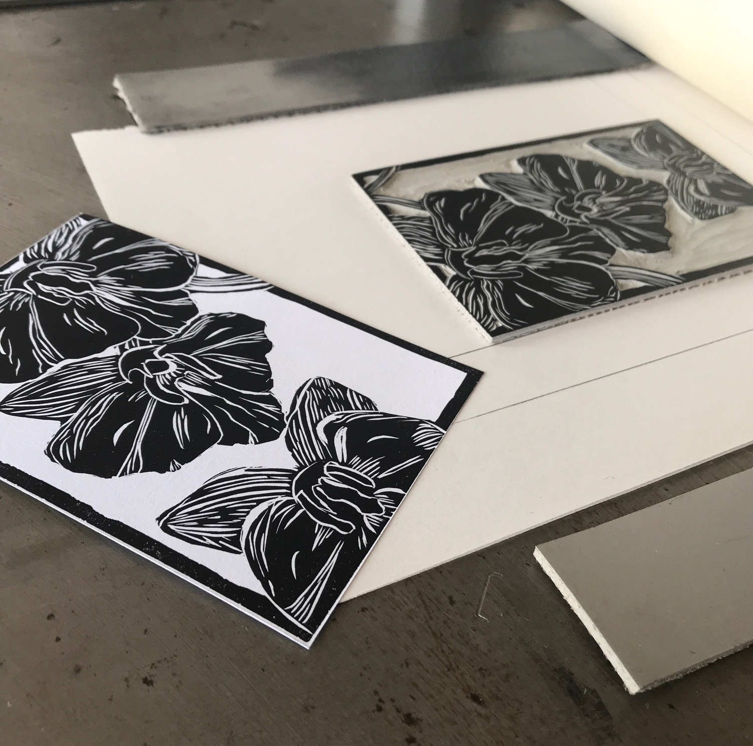 Samira Gdisis - Studio 2555 - 2nd FloorPrintmaking and Mixed MediaPrints and other artwork inspired by people, life experiences and pretty clothes.Instagram: @samira_gdisis