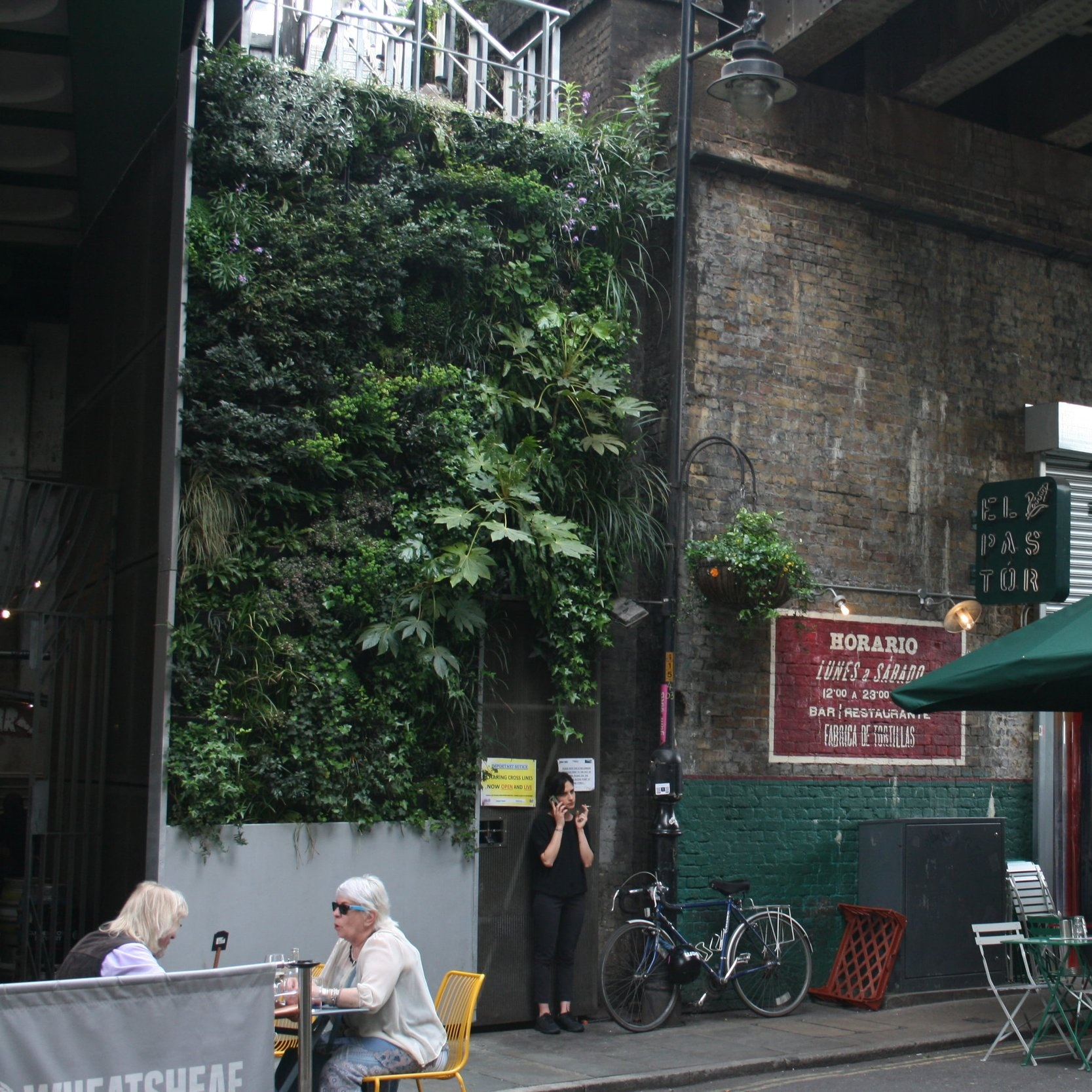 Borough+Market+Living+Wall-min.jpg