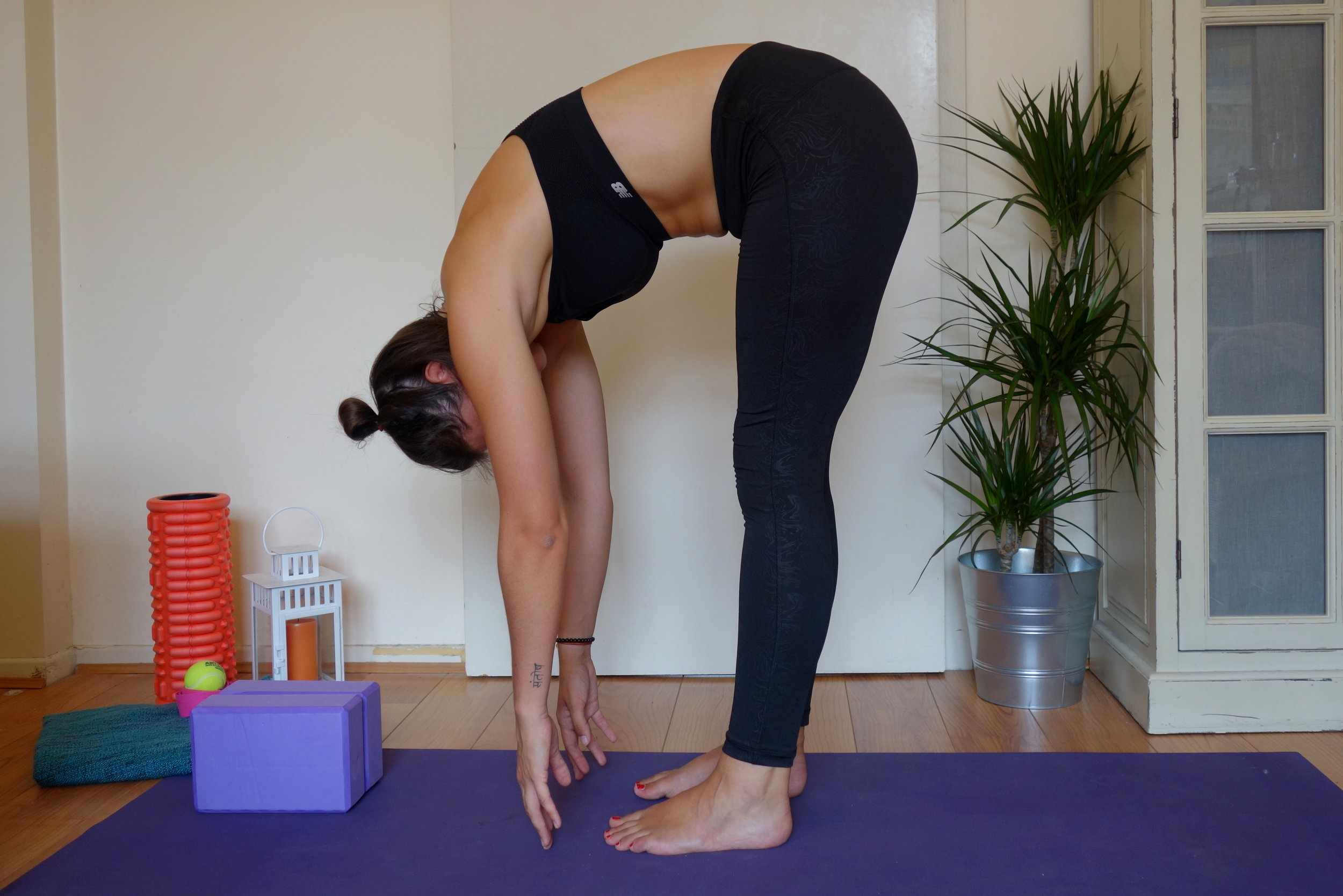 Don't do this... - See that curved spine? Not good.