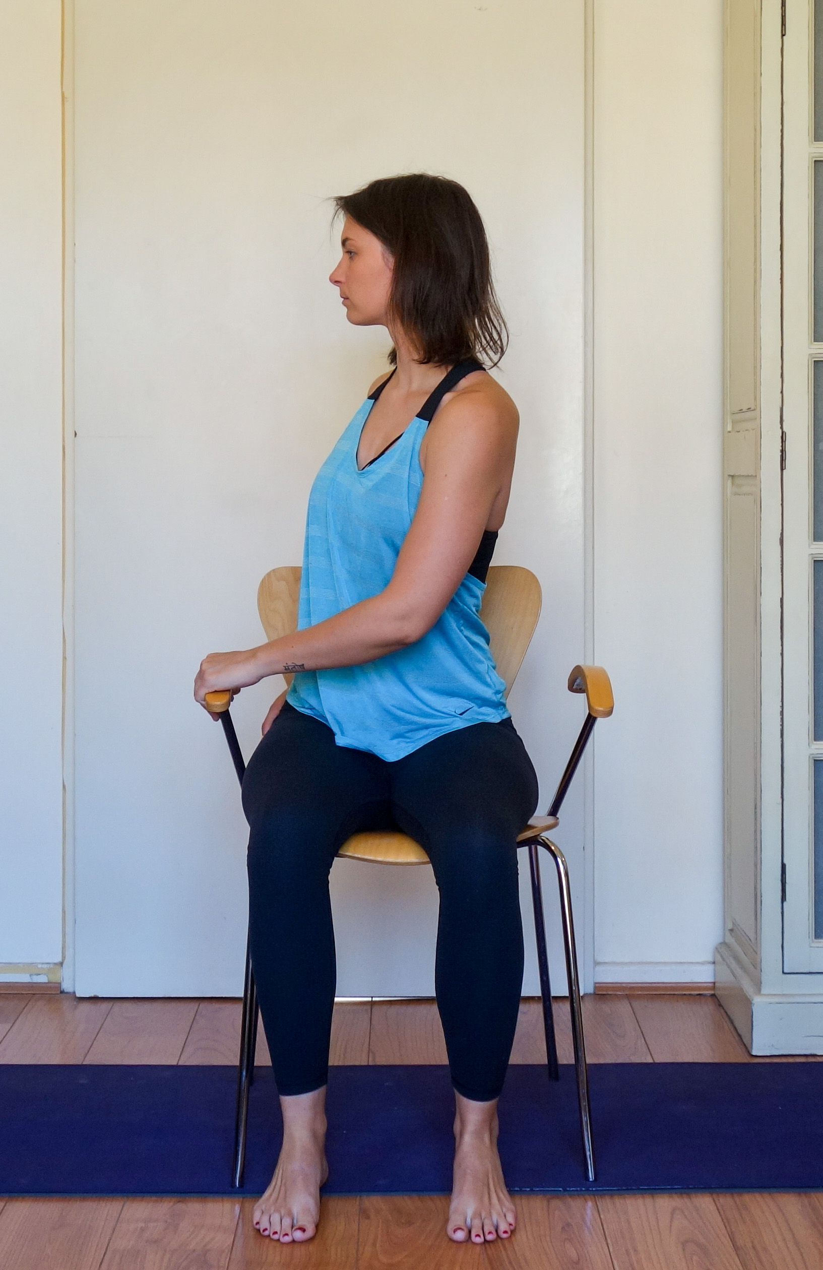 seated twist 2.jpg